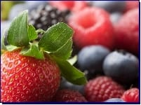 The Benefits of Berries PLUS a Free Recipe!