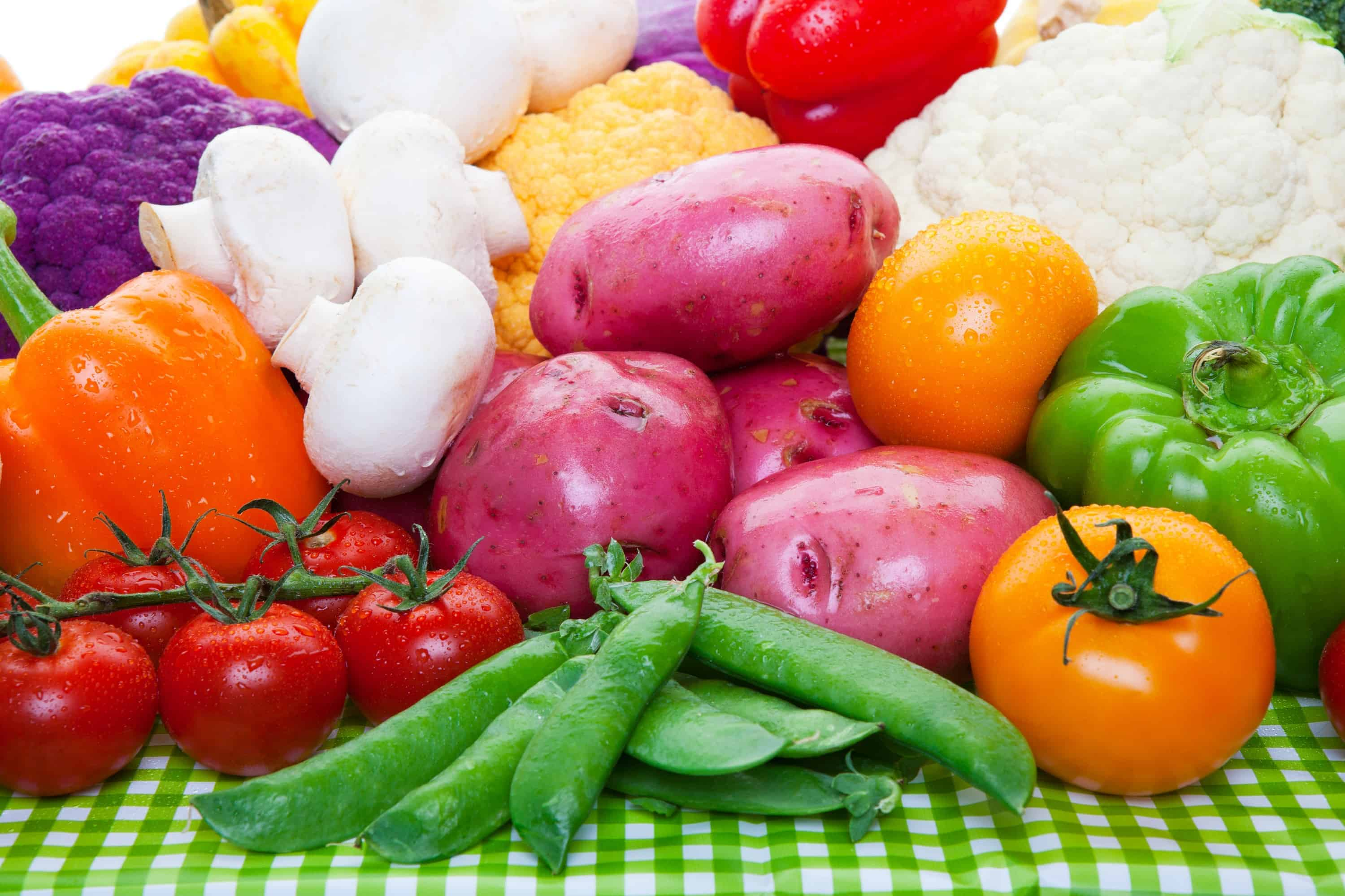 How to properly wash fruit & veggies (there's a correct way!)